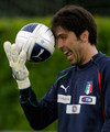 Buffon Italy - gianluigi-buffon photo