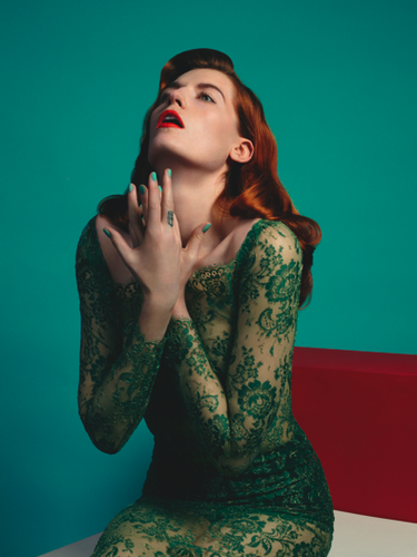 Florence + The Machine Hintergrund called COVER & EDITORIAL Clash Magazine #68 Feat. Florence Welch Von Matthew Stone