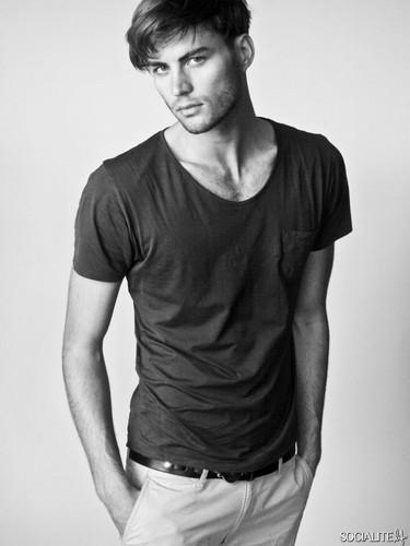 Christian Jorgensen Modeling các bức ảnh