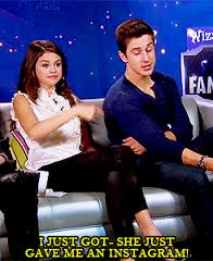David got it o Selena gave it to him?