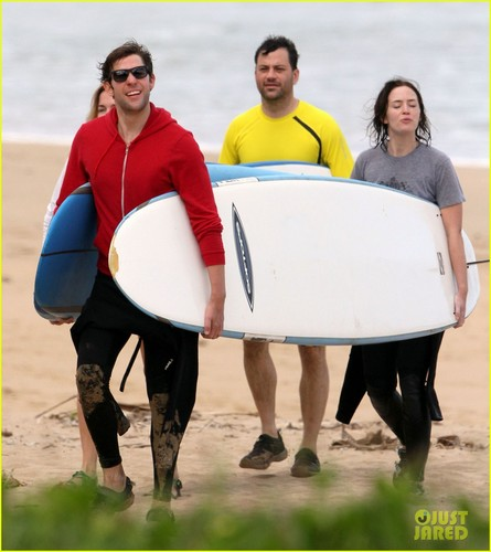 Emily Blunt & John Krasinski: Hawaiian Vacation!