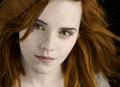 Emma watson as Renesmee