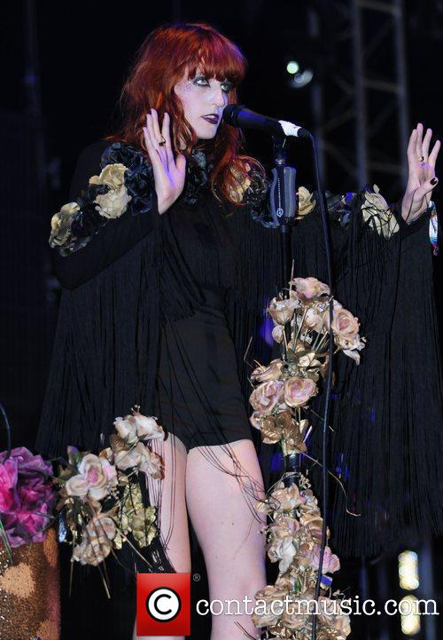 "Florence Performs @ 2009 ""Glastonbury Festival"" - England"