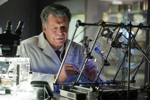 Fringe 4x08 'Back To Where You've Never Been' promotional litrato