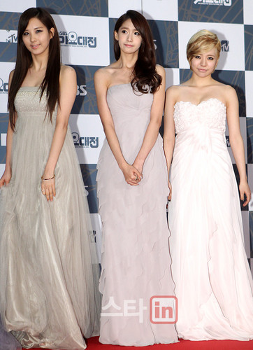 Girls' Generation @ SBS Gayo Daejun Red Carpet