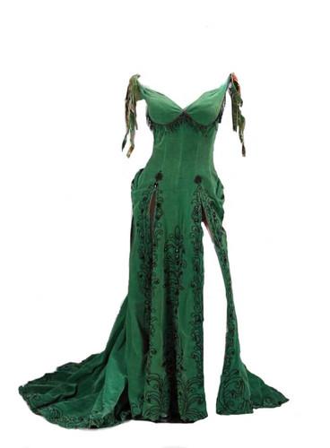 گاؤن, gown