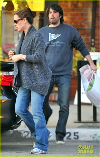 Jennifer Garner: giáng sinh Eve Shopping at Limonaia!
