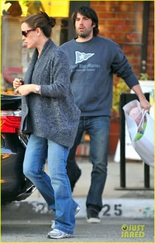 Jennifer Garner: navidad Eve Shopping at Limonaia!