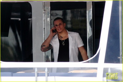 Jennifer Lopez & Casper Smart: Miami Mates!