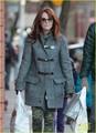 Julianne Moore: Post-Christmas Grocery Shopping - julianne-moore photo