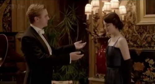 Downton Abbey 壁纸 with a business suit called Mary & Matthew