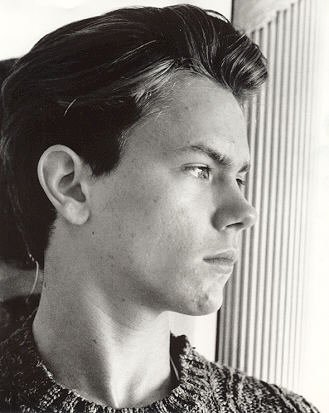 River Phoenix images River Phoenix  Yoshi O'Hara Photoshoot wallpaper and background photos