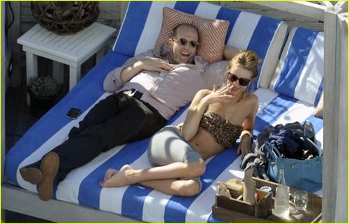 Rosie Huntington-Whiteley: Bikini for Jason Statham!
