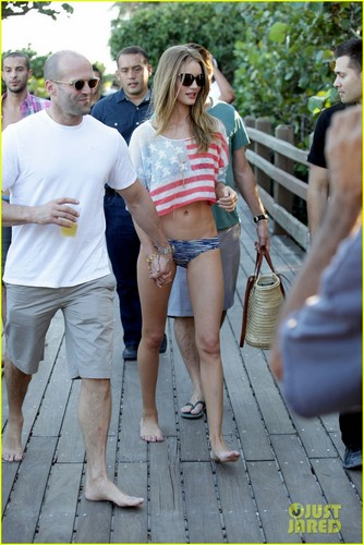 Rosie Huntington-Whiteley & Jason Statham: Miami Lovebirds!