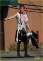 Ryan Gosling: Barefoot After Workout - ryan-gosling photo