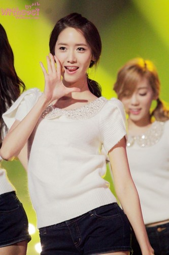 SNSD at KBS Gayo Daejun Song Festival 2011 Part 1