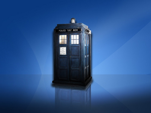 Tardis Dual Screen