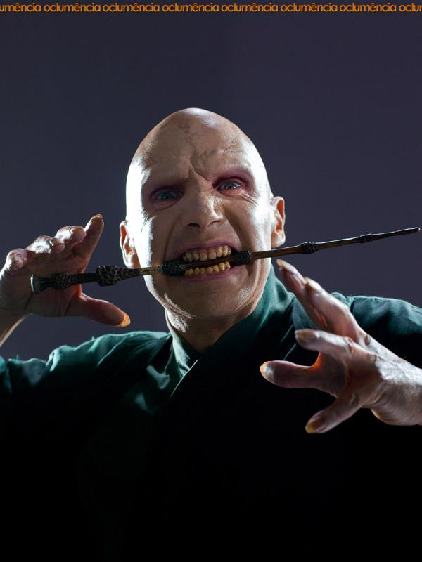 Voldemort promo harry potter photo 27961228 fanpop for Harry potter voldemort wand