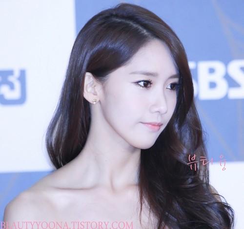Yoona @ SBS Gayo Daejun Red Carpet