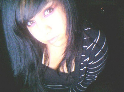 black hair - emo-girls Photo