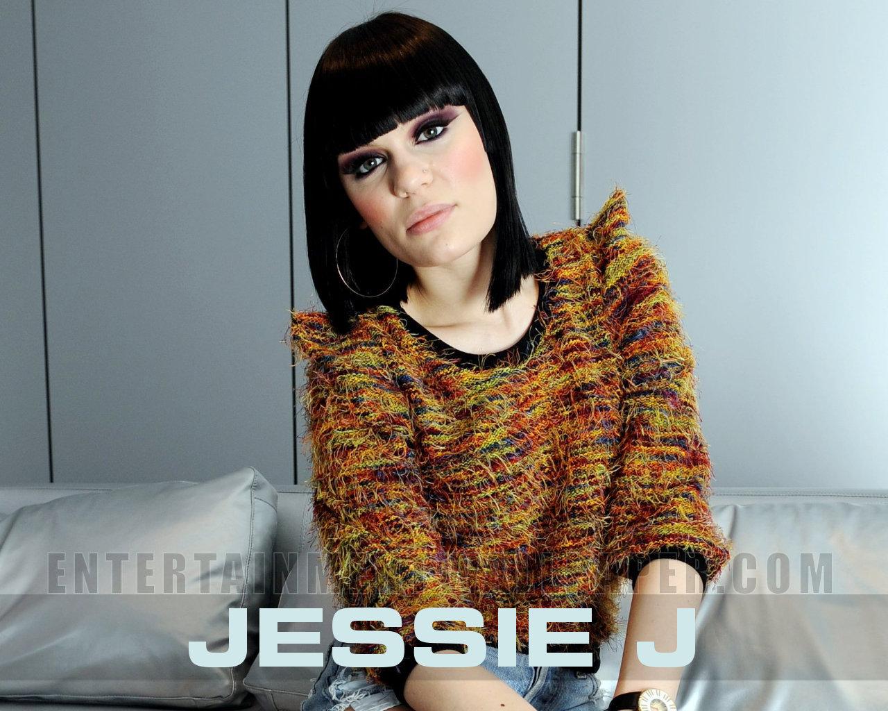 Jessie J Doesnt Regret Taking Naked Pictures