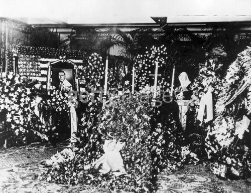 rudolph valentino funeral