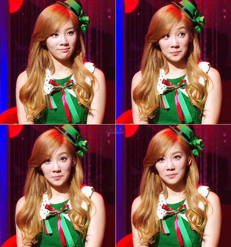 S♥NEISM wallpaper with a portrait called taeyeon SNSD Christmas Fairy Tale Captures