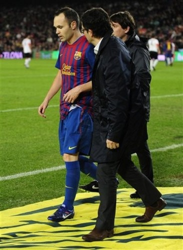 Andres Iniesta: FC Barcelona (9) v CE L'Hospitalet (0) - Copa del Rey