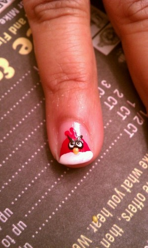 Angru Birds wallpaper entitled Angry Birds Fingernails