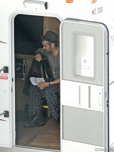 Colin Farrell Outside His Trailer On The Set Of 'Seven Psychopaths'