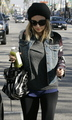 December 27 - Leaving the Tracey Anderson gym in Studio City - nicole-richie photo