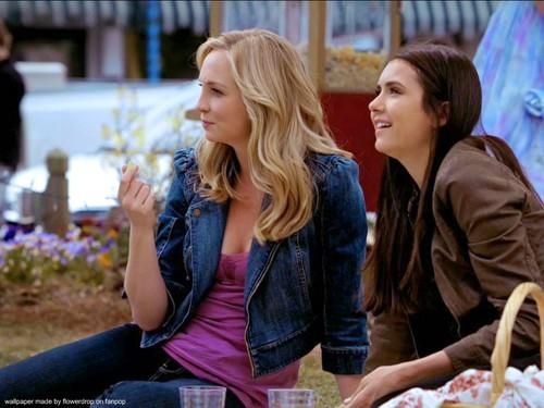 Elena&Katherine वॉलपेपर