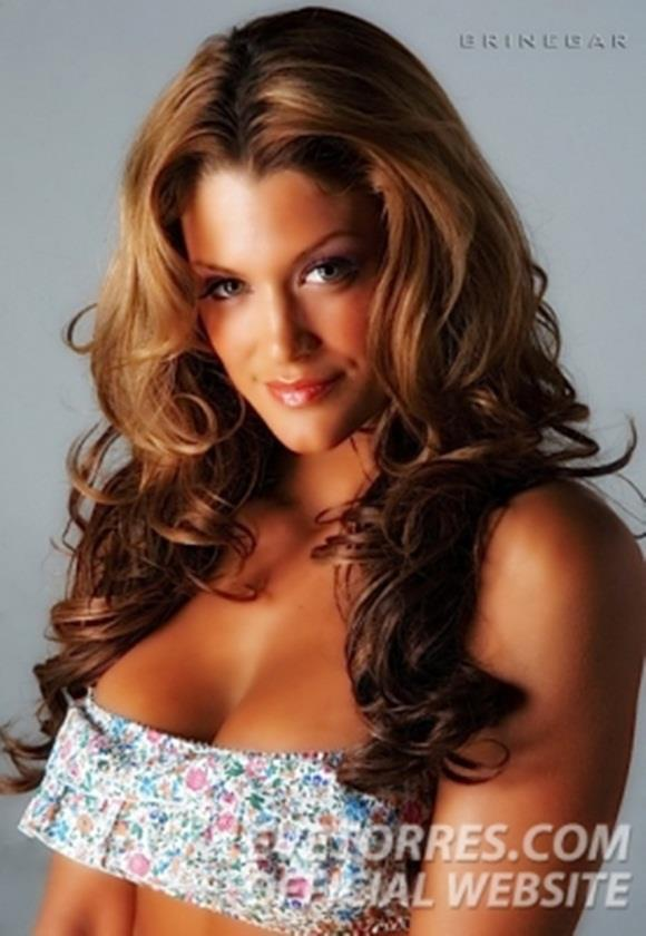 http://images5.fanpop.com/image/photos/28000000/Eve-eve-torres-28047109-580-840.jpg