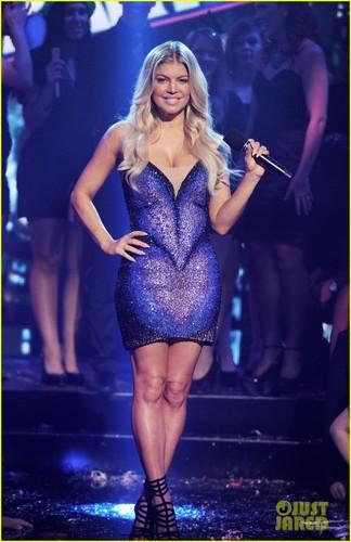 Fergie & Nicki Minaj: New Year's Rockin' Eve!