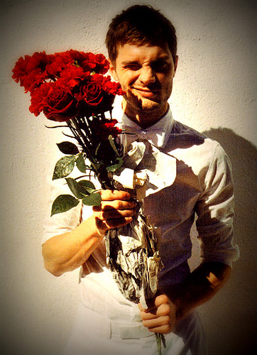 ワンス・アポン・ア・タイム 壁紙 with a bouquet called Jamie Dornan :) aka Sheriff Graham/Huntsman