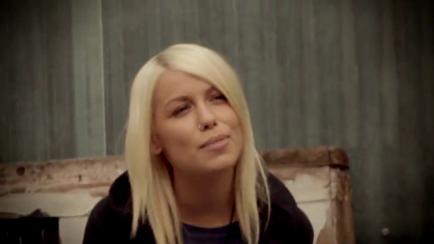 Female Lead Singers Images Jenna Mcdougall Of Tonight Alive On Let It Land Music Video Hd Wallpaper And Background Photos