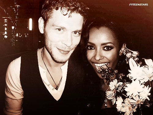 Bonnie's Multi Shippings 壁紙 entitled Joseph and Kat, (Bonnie and Klaus