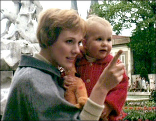 Julie Andrews wallpaper titled Julie and Her Daughter
