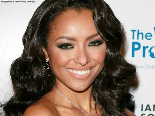 Katerina Graham wallpaper containing a portrait titled Katerina Graham ❤