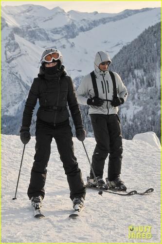 Madonna & Kids: Skiing in Switzerland!