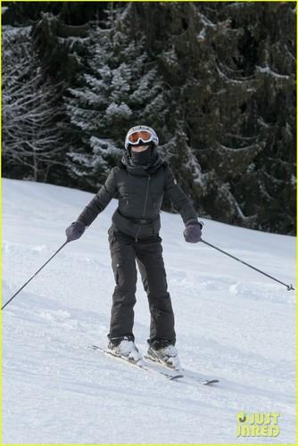 Madonna & Kids: skifahren in Switzerland!