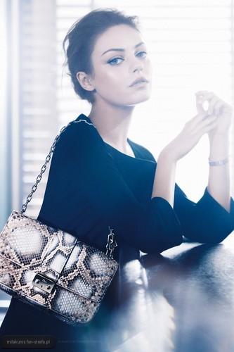 Miss Dior Handbag 2012 - Campaign