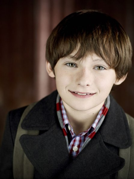 http://images5.fanpop.com/image/photos/28000000/New-Cast-Promotional-Photos-Jared-S-Gilmore-once-upon-a-time-28078983-446-595.jpg