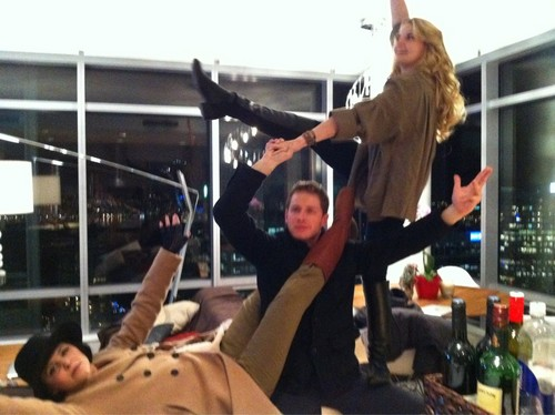 OUAT cast having fun :)