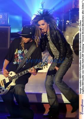 On stage... - tokio-hotel Photo