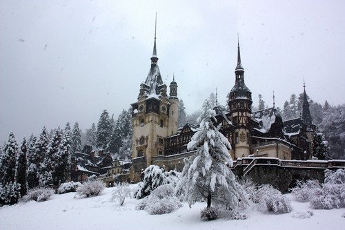 Peles kastil, castle in Romania