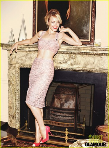 Rachel McAdams Covers 'Glamour' February 2012