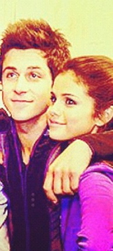 Selena and David in Wizards garb 写真 op-CROPPED