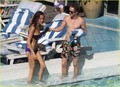 Tom Felton & Jade Olivia: Pair por The Pool