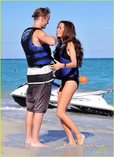 Tom Felton: Jet skifahren with Jade!